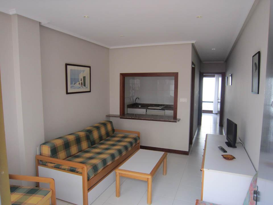 hotel en laredo apto-1-habitacion-salon-elena