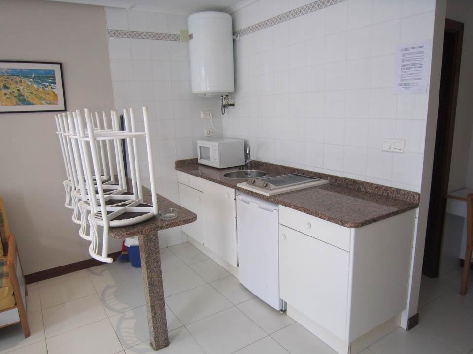 hotel en laredo cocina-apto-2-habitaciones