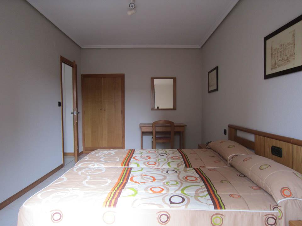 hotel en laredo apto-2-4-habitacion